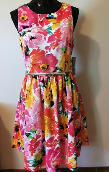 Eliza J Open Back Floral Fit&Flare Dress Size 10